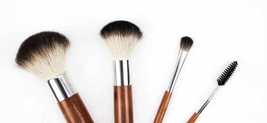 Guide On How To Soften Scratchy Makeup Brushes